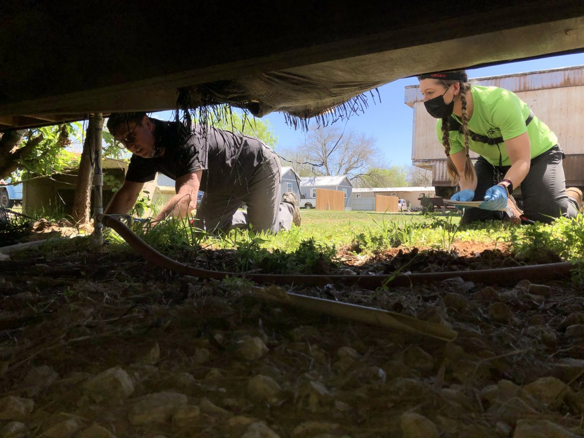 Plumbers Without Borders Arrive in Dilley, Pearsall, Frio County…